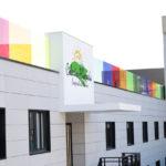 Imagen fachada larga Colexio Alborada