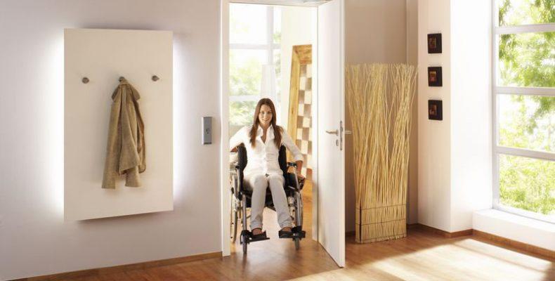 GEZE EC Turn, abrir y cerrar puertas de forma confortable