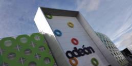 Imagen de las fachadas del Centro Comercial Odeón - LEMA STACBOND