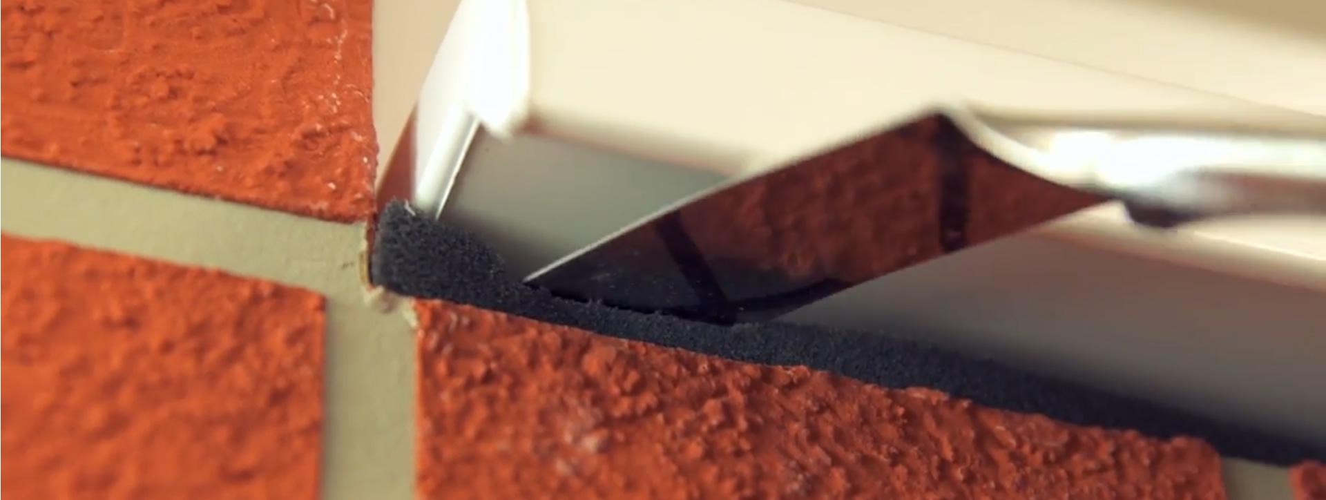 Imagen de aplicación sellado ventana de la espuma impregnada illbruck TP600