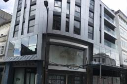 Imagen de la Obra de fachada ventilada con las soluciones LEMA STACBOND en Carballo