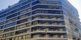 Imagen principal final de la facha ventilada en Travesía de Vigo 140 - 142