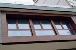 Imagen principal de la obra de fachada con chapa foliada LEMA y pizarra natural