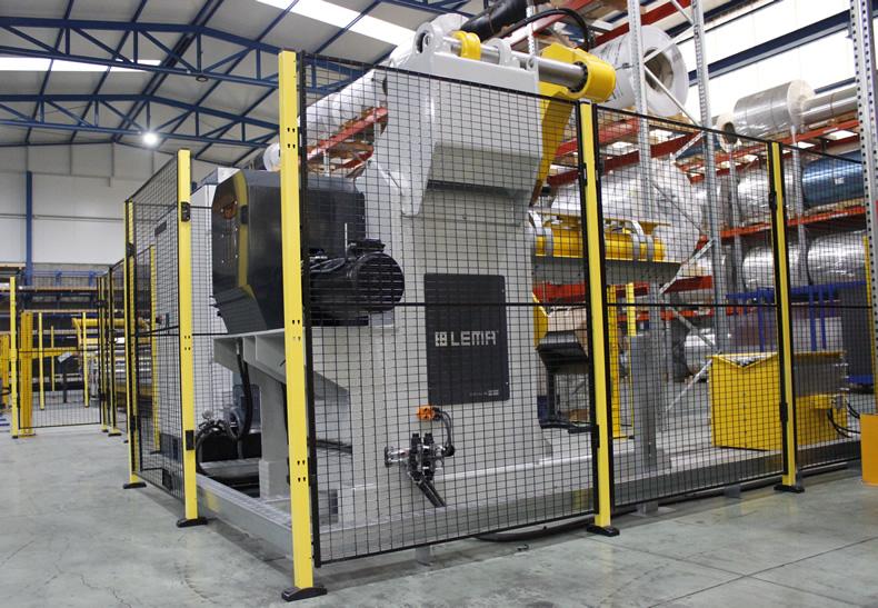Imagen de detalle del Slitter que se está poniendo en marcha en las líneas de producción de Laminados LEMA