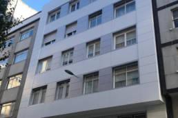 Imagen principal de artículo sobre la rehabilitación de fachadas con composite en A Coruña