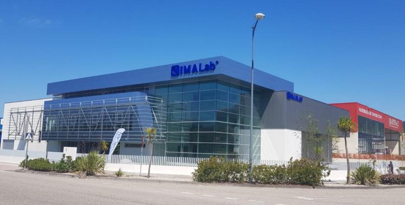 Imagen principal Naves industriales con fachadas LEMA STACBOND