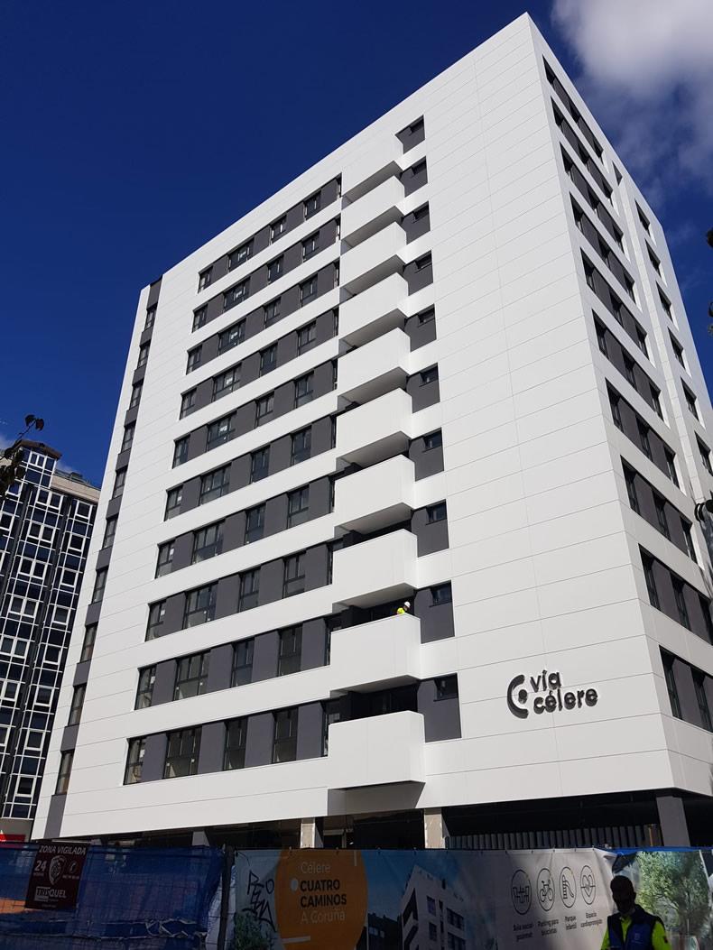 Imagen principal del artículo Espectacular edificio Cuatro Caminos en A Coruña con sistema STB T CH