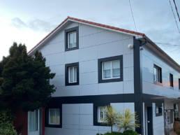 Imagen principal de la Casa Portuguesa tras la renovación de fachada ventilada con los sistemas LEMA STACBOND