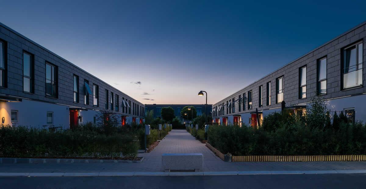 Imagen de las fachadas ventiladas del Albertslund (Denmark) con soluciones CUPACLAD de CUPA